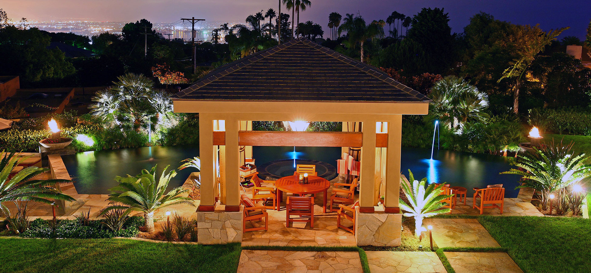 lightscape designs ILLUMINATING YOUR OUTDOOR EXPERIENCE